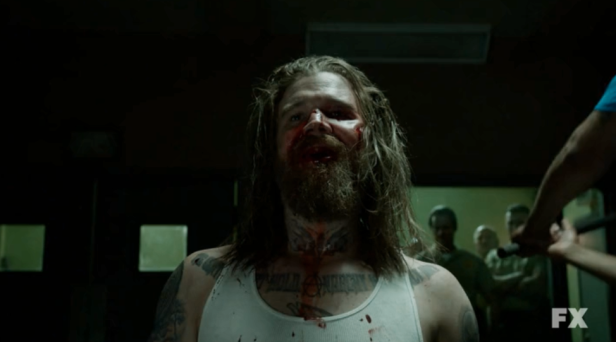 Ryan Hurst and Charlie Hunnam as Opie Winston and Jax Teller on Sons of Anarchy S05E03 Opie Dies 8