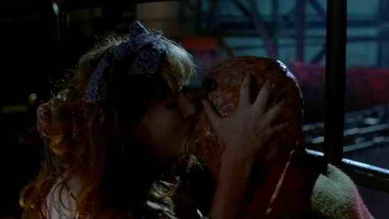 a nightmare on elm street 2 - freddys revenge 11
