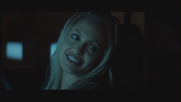 Angelina-Jolie-in-Gone-in-60-Seconds-angelina-jolie-18843396-1050-590