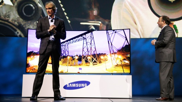 Joe Stinziano, Michael Bay, Samsung Electronics, Consumer Electronics Show, CES, curved television